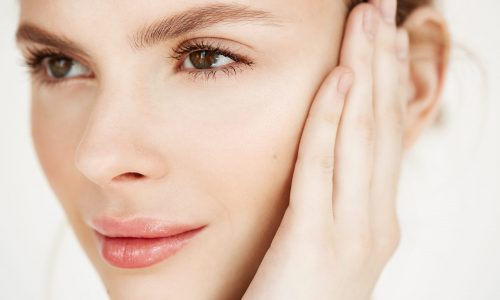 https://chirodermatologie.ro/wp-content/uploads/2021/06/close-up-young-beautiful-girl-smiling-touching-face-spa-beauty-health-cosmetology-concept-1-scaled-500x300.jpg